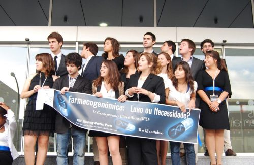 At a congress organized by Associação Portuguesa de Estudantes de Farmácia  (APEF)