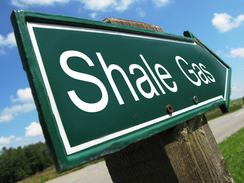 Industrial and energy aspects of shale gas extraction