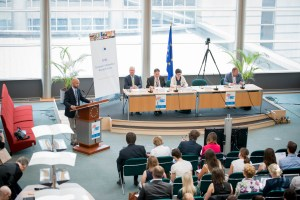 EPRS: ' Setting European priorities: The cohesion policy perspective '