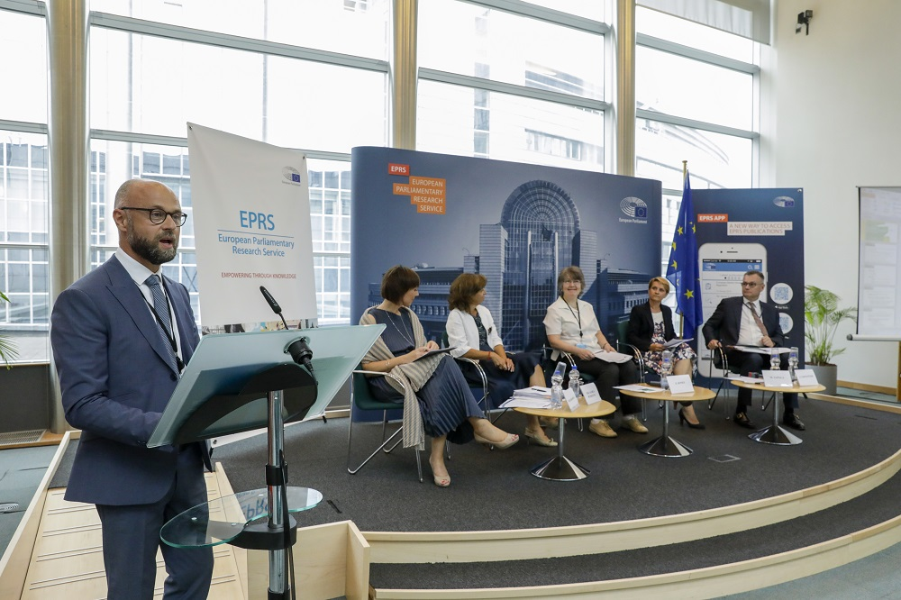 EPRS Director Etienne BASSOT - EPRS Policy Roundtable - ' Performance-based Budgeting: A means to improve EU spending in the 2021-2027 MFF ? '