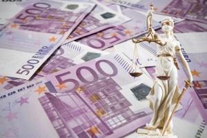 Gericht - es geht um viel Geld