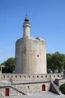 800px-Aigues_Mortes_-_Tour_de_Constance