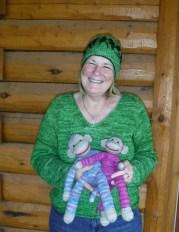Nancy-Mc-with-monkeys