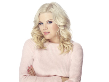 "Megan Hilty is Getting ""Totally Wicked"" with the Seattle Men's Chorus"