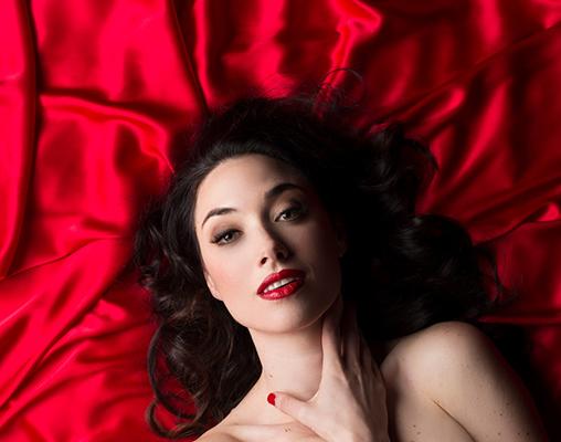 """""""La traviata"""" Delivers Passion To Seattle Opera"""