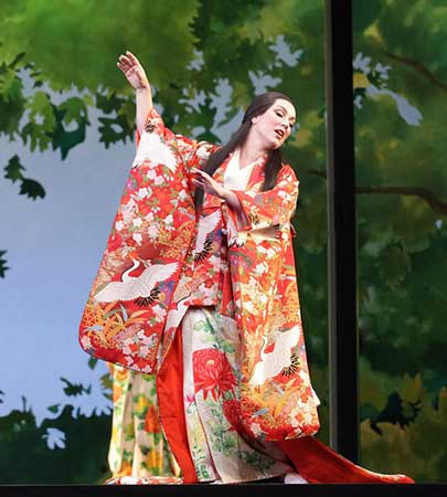 "Seattle Opera Reinvigorates ""Madame Butterfly"" With Pomp & Protests"