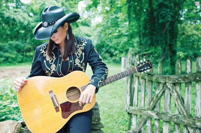Terri Clark interview by Earle Dutton on Equality365.com