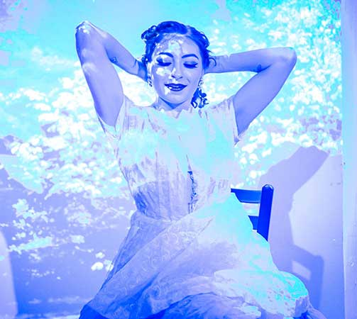 <em>Wonderland</em> Returns To Can Can Cabaret