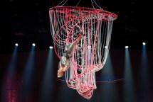 pink beautiful trauma tour review 6 on equality365.com