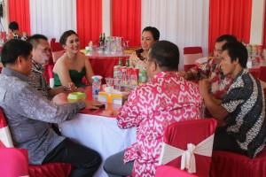 Ketua DPRD Landak, Heri Saman SH MH bersama Wakil Bupati Landak, Herculanus Heriadi