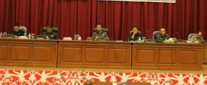 Ketua DPRD Landak, Heri Saman memimpin Sidang Paripurna Penyampaian Pendapat Akhir Fraksi-fraksi DPRD Landak Terhadap RAPBD Kabupaten Landak Tahun Anggaran 2016.