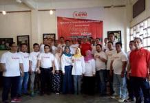 FOTO BERSAMA. Sejumlah alumni HMI yang ada di Kalimantan Barat deklarasikan KAHMI Preneur Kalbar di Canopy Café n Resto, Minggu (25/3). KAHMI Preneur Kalbar for RK
