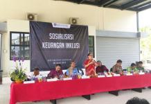 SOSIALISASI. Suasana sosialisasi keuangan inklusi di perbatasan di PLBN Aruk Kecamatan Sajingan Besar Kabupaten Sambas, Minggu (8/4). KPw BI Kalbar for RK