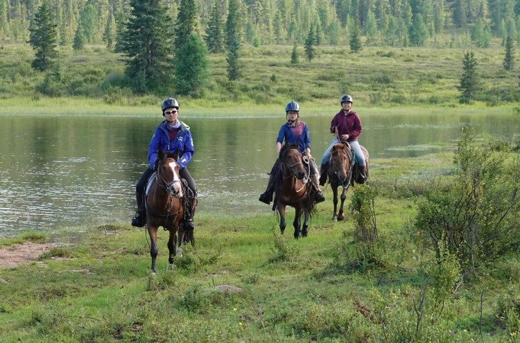 Stone Horse Expeditions offer amazing horse riding treks in Mongolia