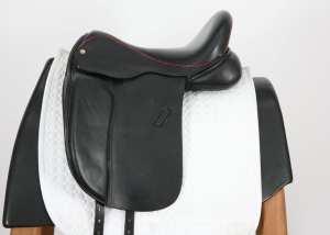 Left side of Black Country Eloquence Dressage Saddle Inv: 5474