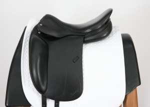 Left Side of Amerigo Alto 17.5M Saddle 1450049