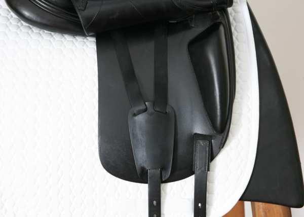 Right Flap on Amerigo Alto 17.5M Saddle 1450049