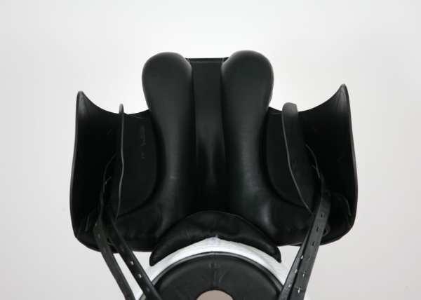 Underside of Amerigo Cervia Siena Saddle SN: 22260418