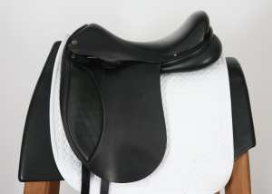Left Side of Lauriche Dressage Saddle 2637