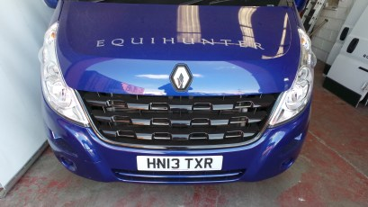 Equihunter Arena 3.5 tonne horsebox in Performance Blue