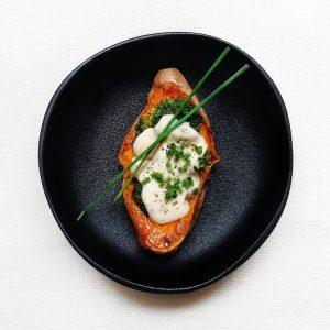 Recette : patate douce farcie aux brocolis & sauce blanche végétarienne