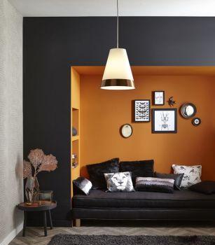 alcôve de couleur orange