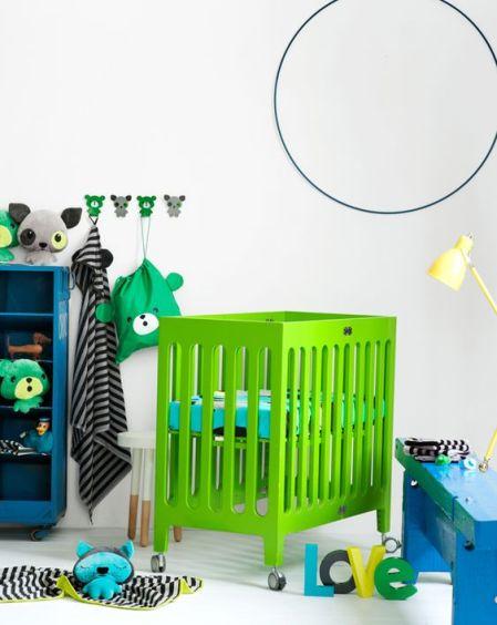 lit bébé vert printanier