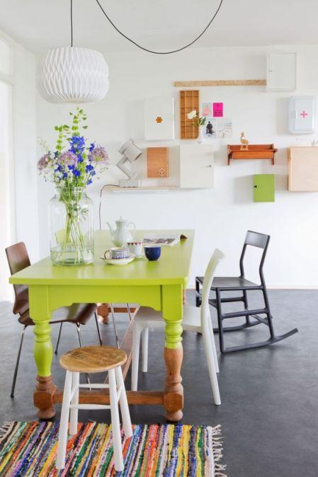 table couleur vert lumineux