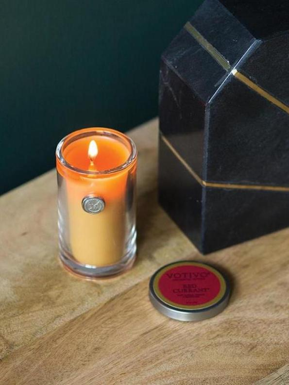 Votivo Aromatic Votive Candle Red Currant