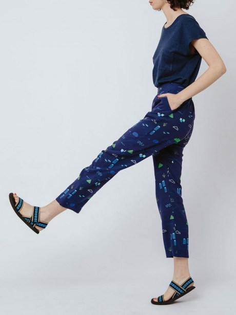Navy pants with Cape Town Mountain Scene