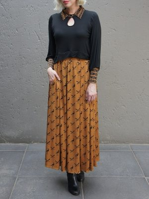 Black to with printed rust skirt