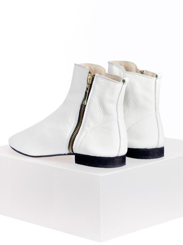 House of Cinnamon Suna Classic Ankle Boot White Back