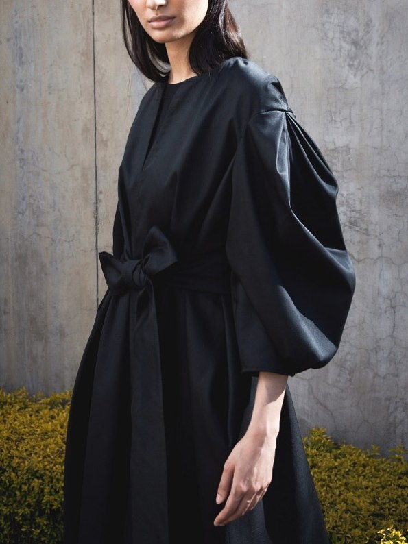 Erre Angle Summer Coat Black With Bold Sleeves