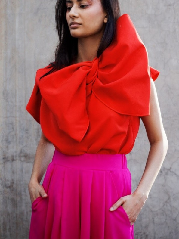 Erre Bend Red Bow Top