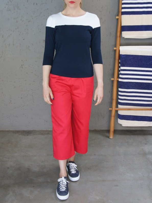 JMVB Three Quarter Sleeve Top Navy and White Front