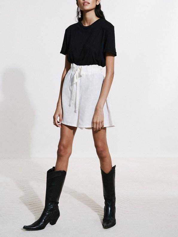 Asha Eleven Salama Shorts Natural with Black T-shirt 4