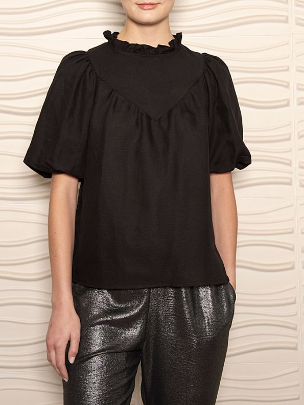 Smudj Jazzy G Top Black Cropped