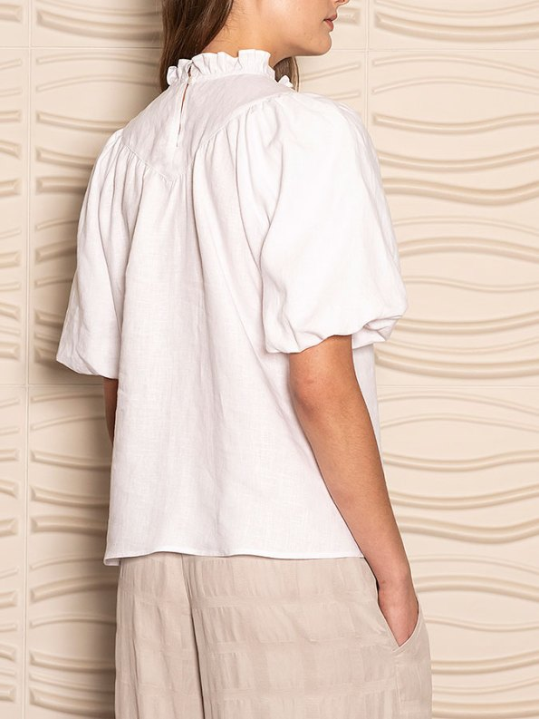 Smudj Jazzy-G Top White Linen Crop Back