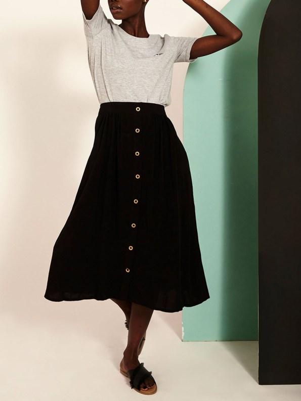 Good Button HW Skirt Black Front 2