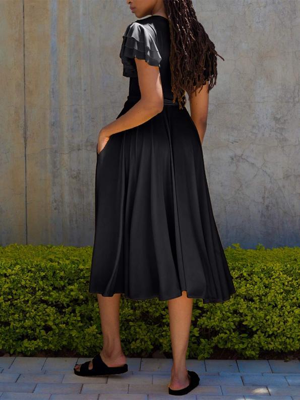 Erre Flutter Dress Black Back