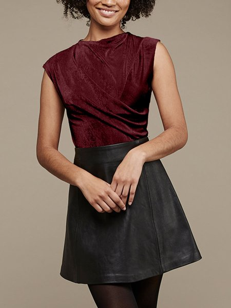 wine red sleeveless top for women
