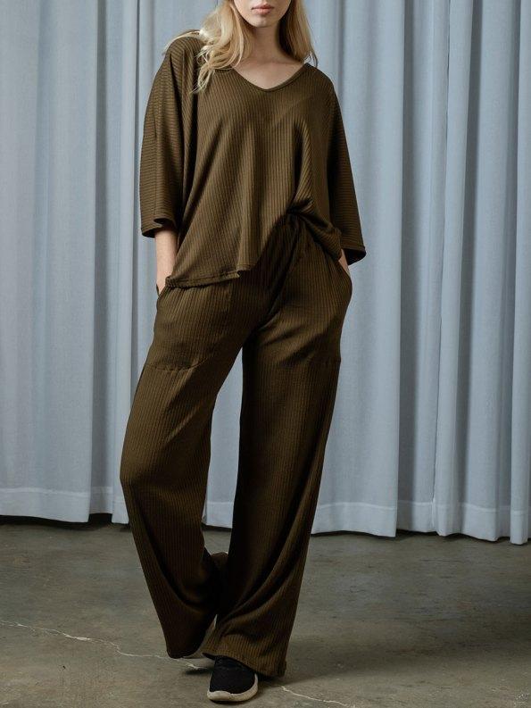 IDV VNeck Knit Set Olive Front