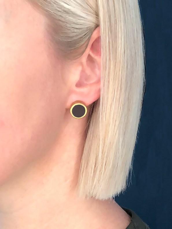 Iloni Stud Earrings Black on Model