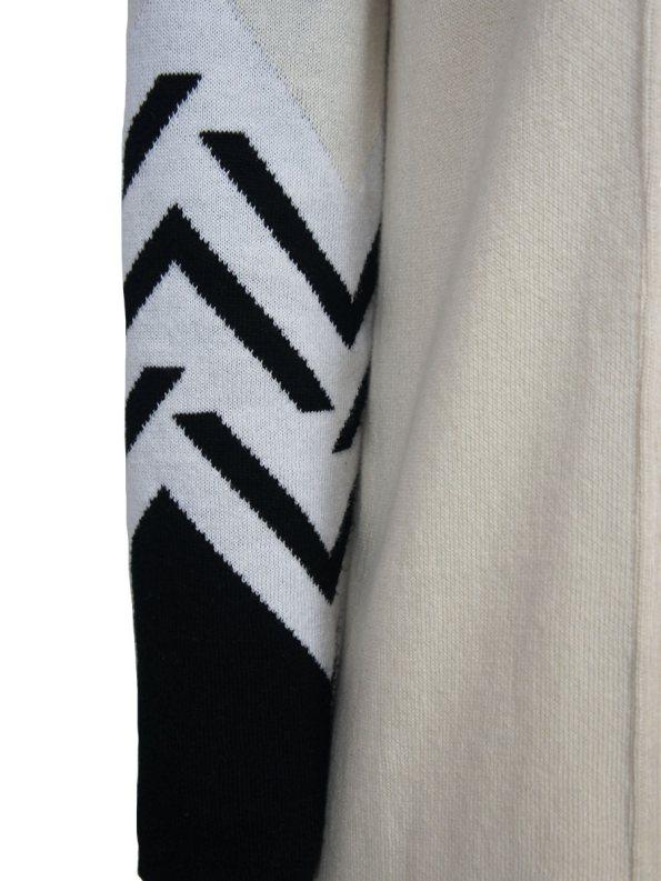 Romaria Zig Zag Cardigan Cream Detail