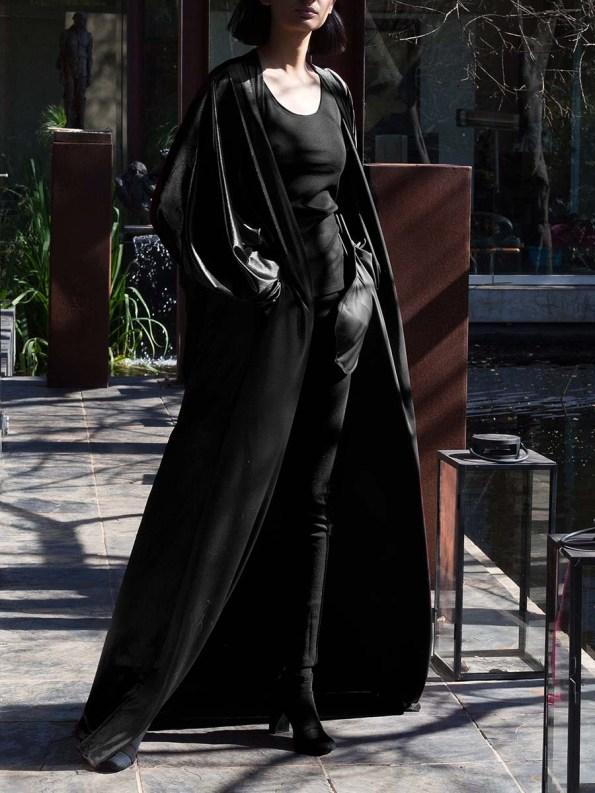 Erre Velvet Robe Black 5