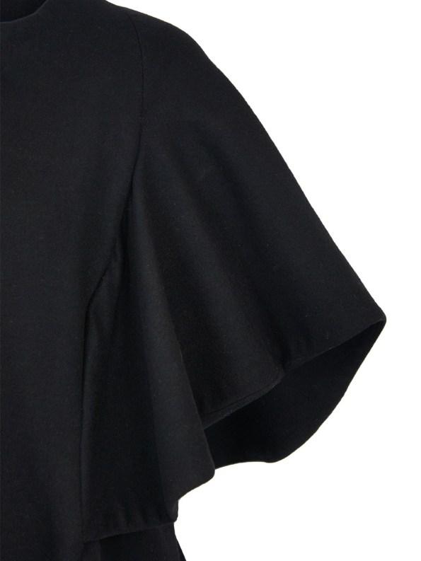 Erre Wool Cape Sleeve Coat Black Detail