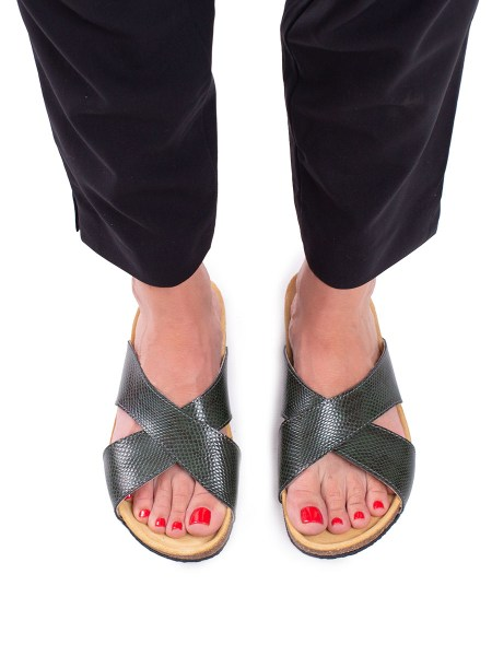 green health shoes