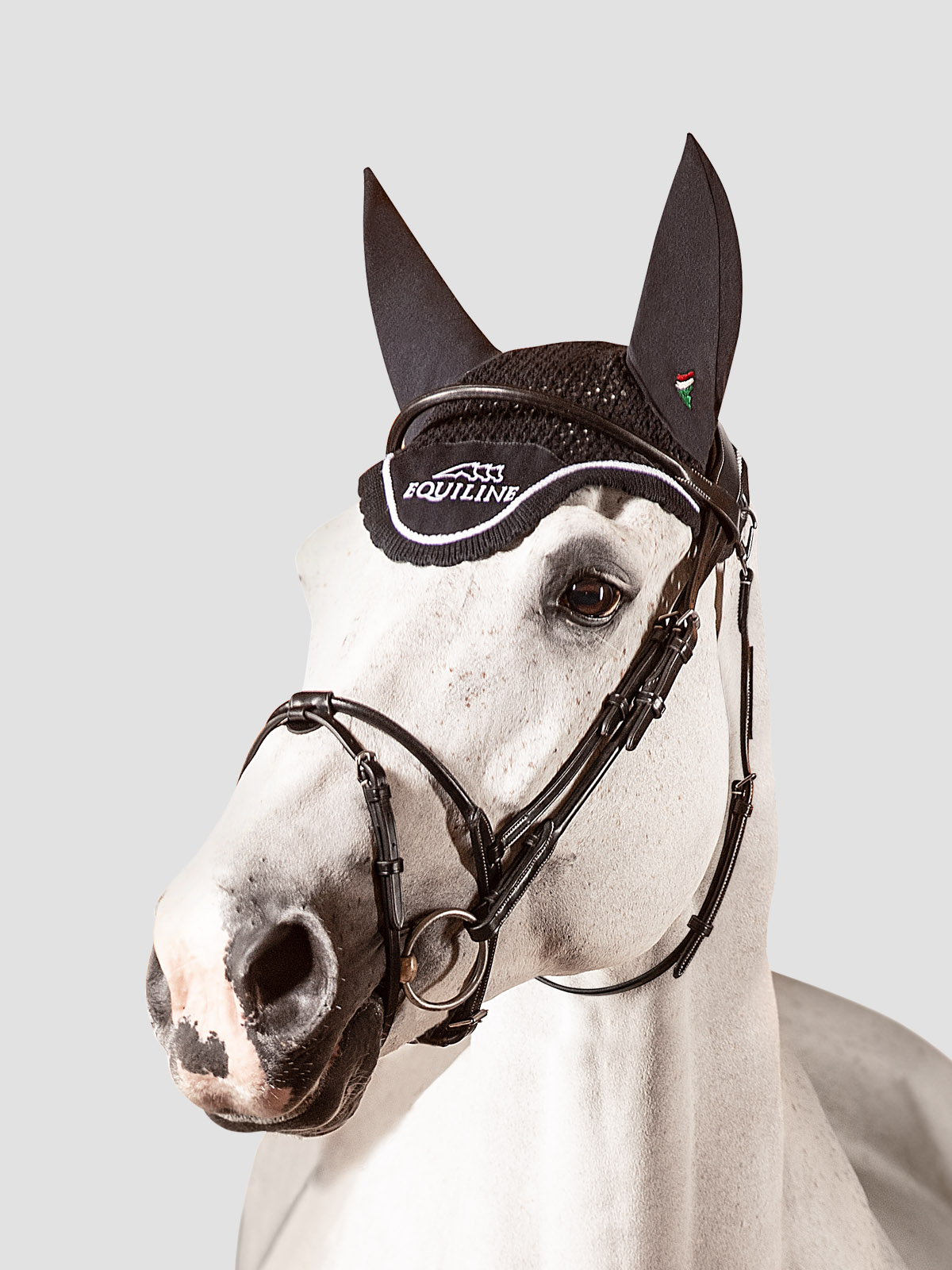 Equiline ear bonnet with outline logo embroidery in black