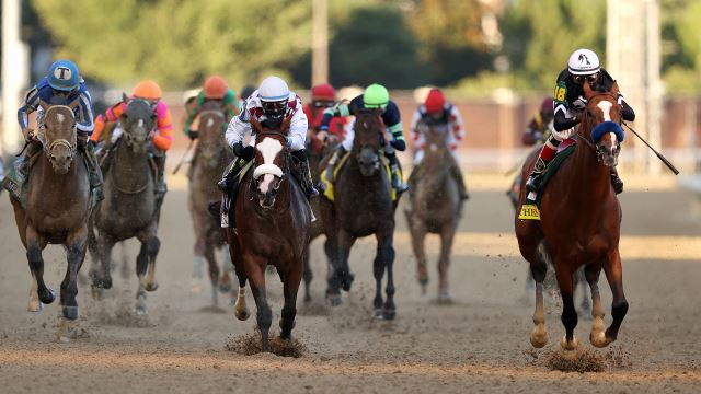 Authentic wins the Kentucky Derby