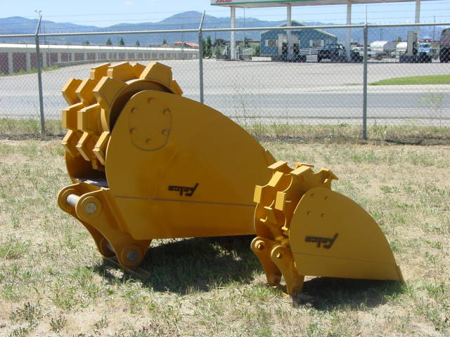 Felco Roller Compaction Bucket 18x48 - Wt. Class 10-32K 233570